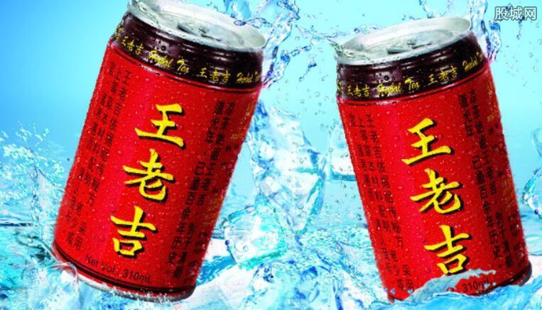 另外,王老吉的包装规格也很多,甚至细分之下还有低糖跟无糖等类型图片