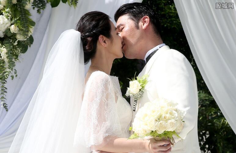 新娘与大树结婚