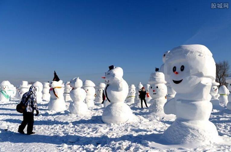 哈尔滨2018个雪人