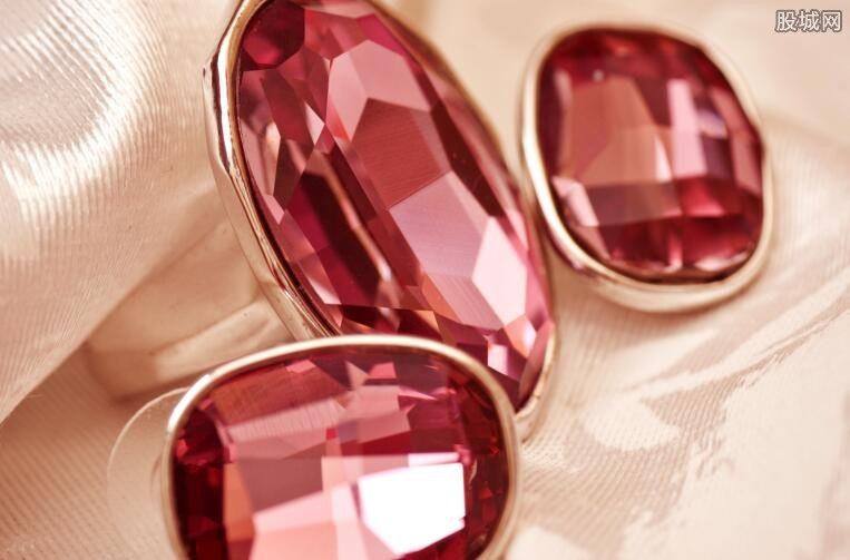 红宝石戒指价格