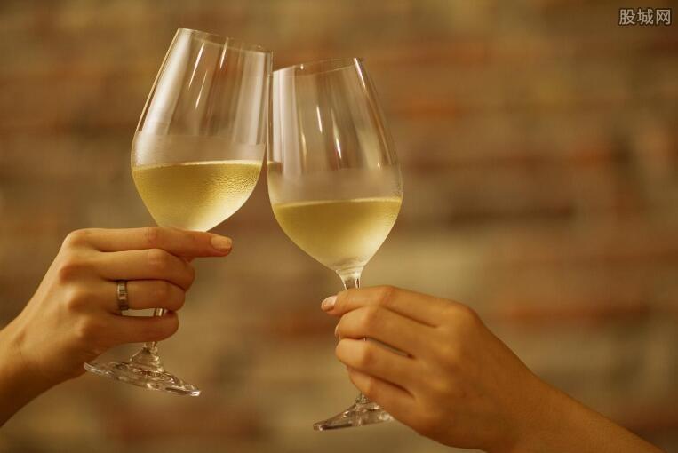 白葡萄酒的功效与作用