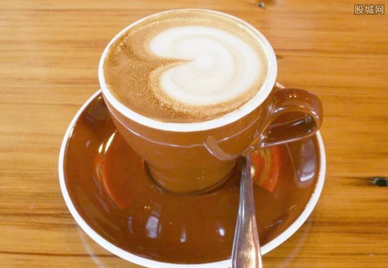 白咖啡和黑咖啡哪个好