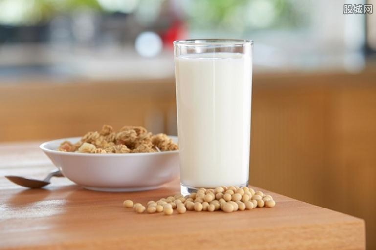 如何挑选好鲜奶