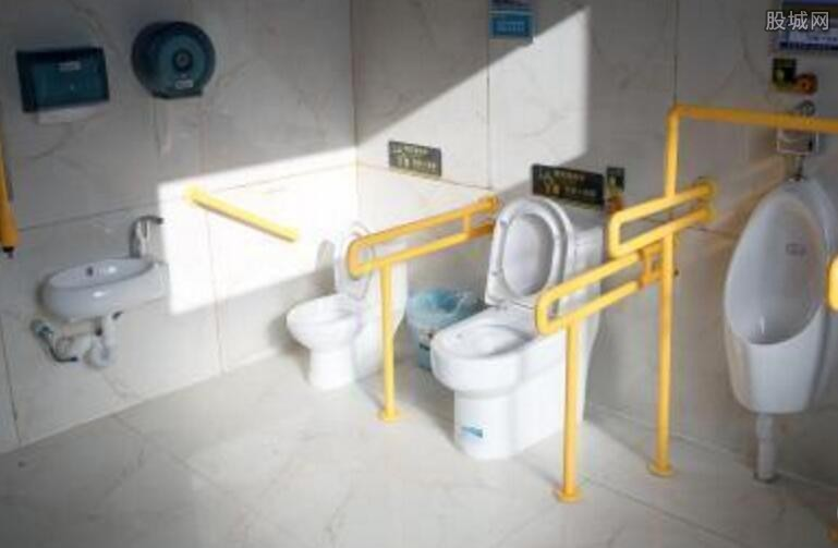 青海旅游景区新建上千座公厕