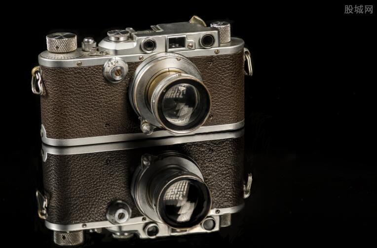 德国莱卡相机怎么样_奥地利1923年造莱卡相机被拍卖 拍出1800万元-股城消费