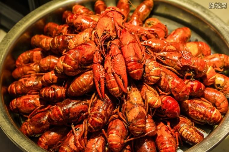 小龙虾吃多体内长寄生虫 这些谣言你信吗?