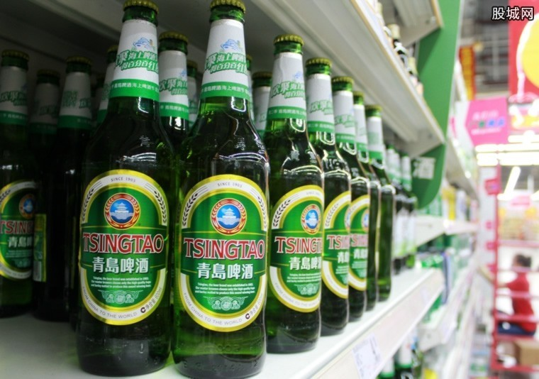 青岛啤酒价格表 2018青岛啤酒多少钱一瓶