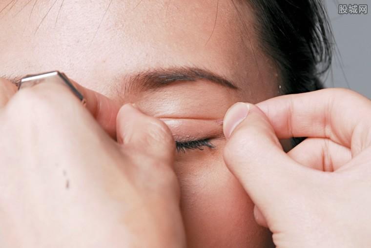 做双眼皮手术后悔死了 做双眼皮的危害有哪些?