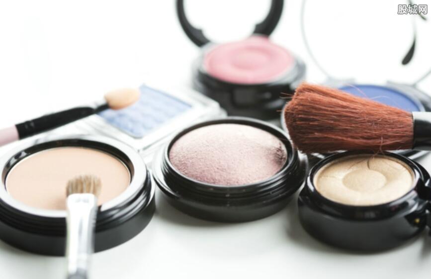 网店叫卖过期化妆品
