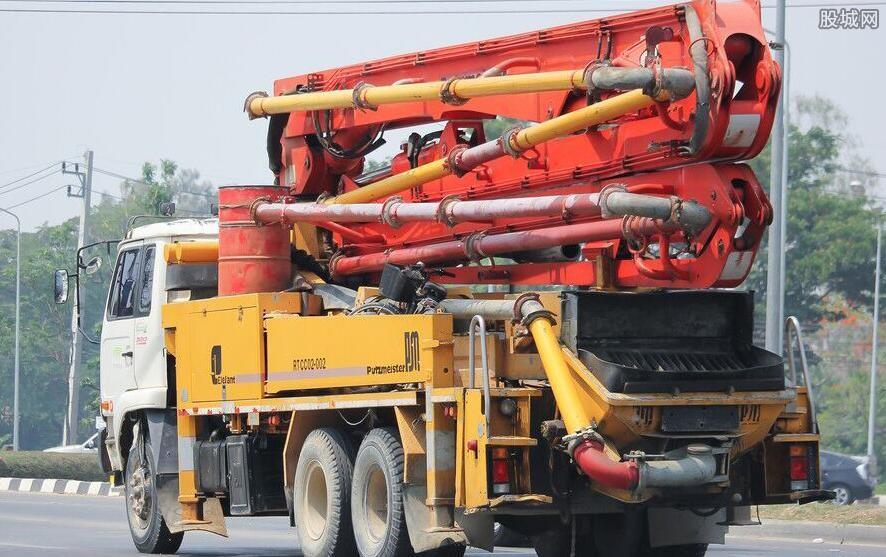 混凝土泵车多少钱