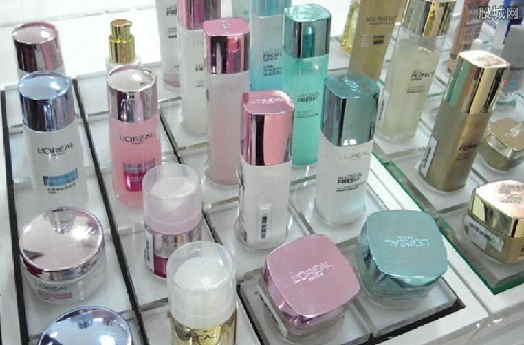 化妆都需要哪些东西_买套化妆品大概多少钱 初学化妆需要哪些东西-股城消费
