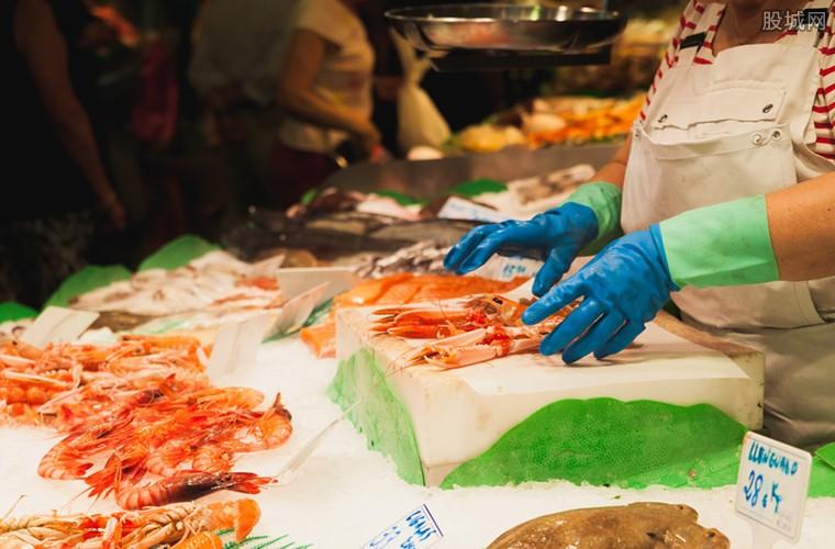 大批量鱼虾蟹海鲜上市