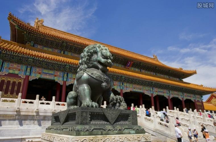 游客们可在故宫里过大年