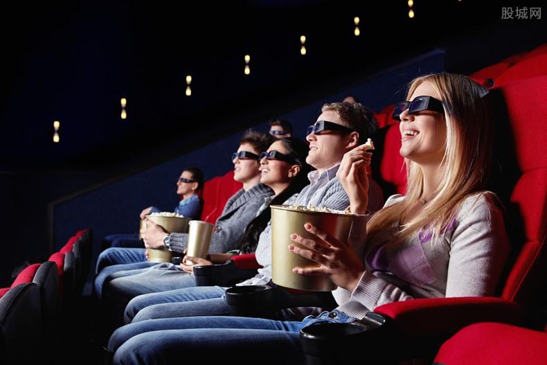 自购3D眼镜看电影 消费者看电影要为3D眼镜买单?