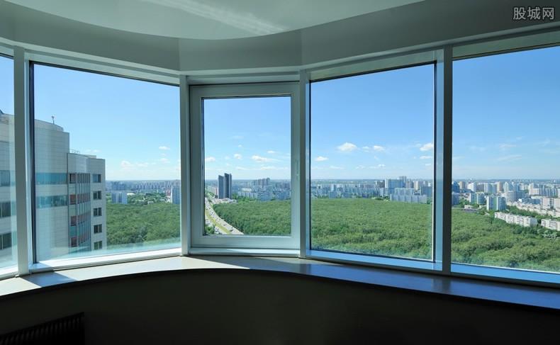 玻璃窗通电显示影像