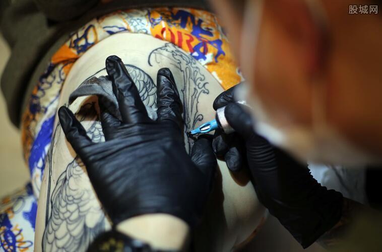 清洗纹身费用
