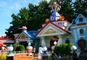 「股票配资诈骗」迪士尼不接受调解 坚持翻包检查令到游客十分不满!