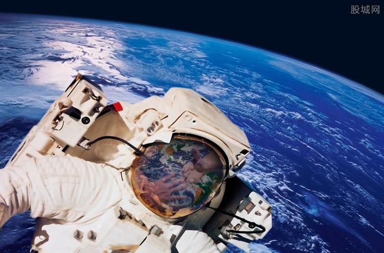太空首块人造肉来了