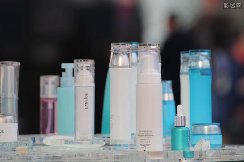 彩妝行業消費