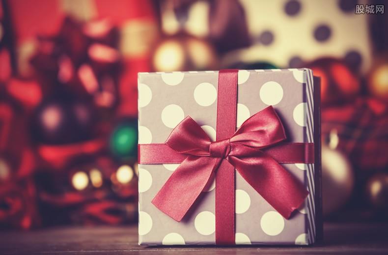 圣诞节送礼物