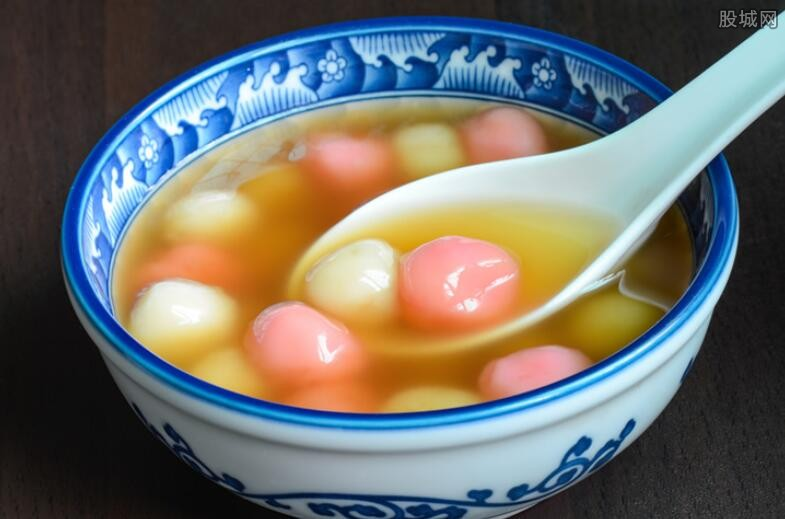 南京回收吃剩汤圆回锅 监控拍下汤圆二次售卖全过程