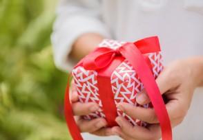圣诞礼物送女友什么好 圣诞节送女朋友礼物清单
