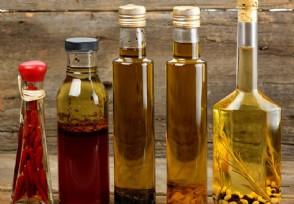 一斤花生榨多少油 纯正花生油多少钱一斤