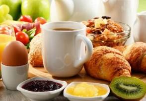 武汉五星级酒店路边卖早餐 品种丰富价格亲民