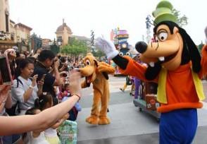 香港迪士尼乐园今日重开 需预约购票才可以入园