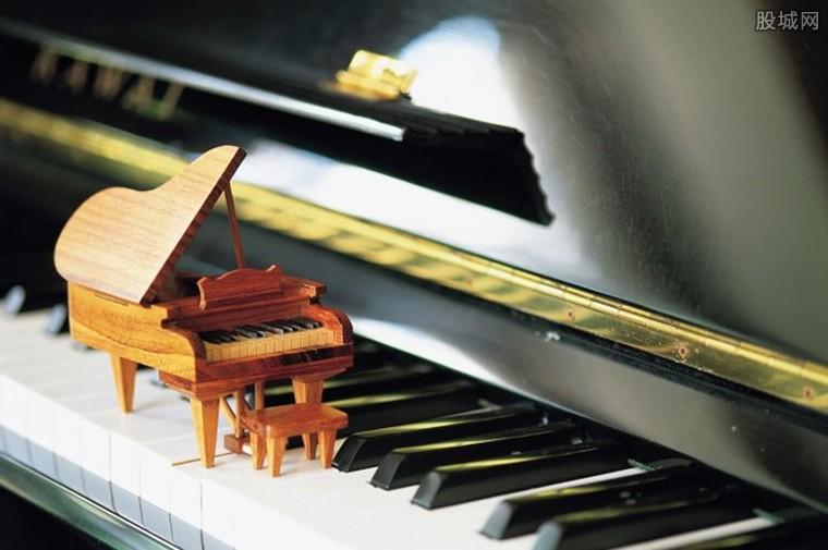 学钢琴课需要花费多少钱