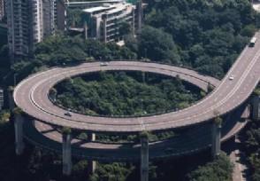重庆高速回应救援车辆救灾返程被收费采用先收后退
