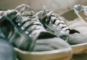 厚街产全球近6成鞋如今为清库存鞋子低价出售