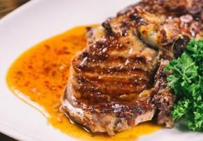 餐馆回应扣罚服务员 客人吃完有剩菜要员工承担?