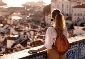 全球出国旅行减少 疫情致旅游业受到很大影响