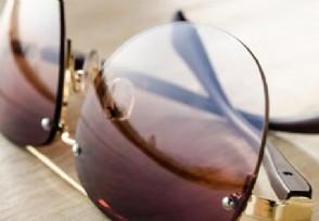 央视曝眼★镜暴利一副眼镜成本价只要几十元