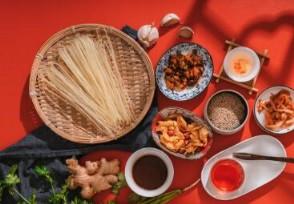 李子柒螺蛳粉吃出刀片产品质量为何频繁发生?