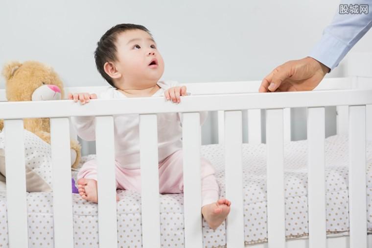 央视点名问题婴儿床 存在各种安全隐患