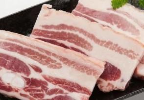 """春节猪肉价格还会涨�吗何时才会回到""""十元时代""""?"""