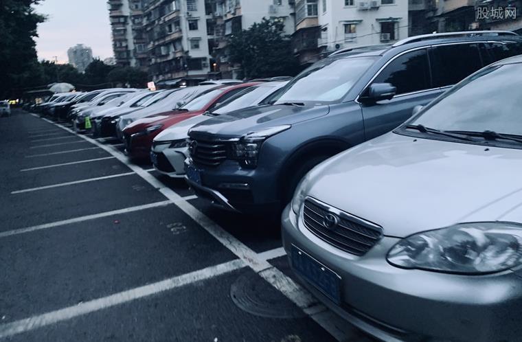 没有驾照可以买车吗 贷款买需要哪些条件?