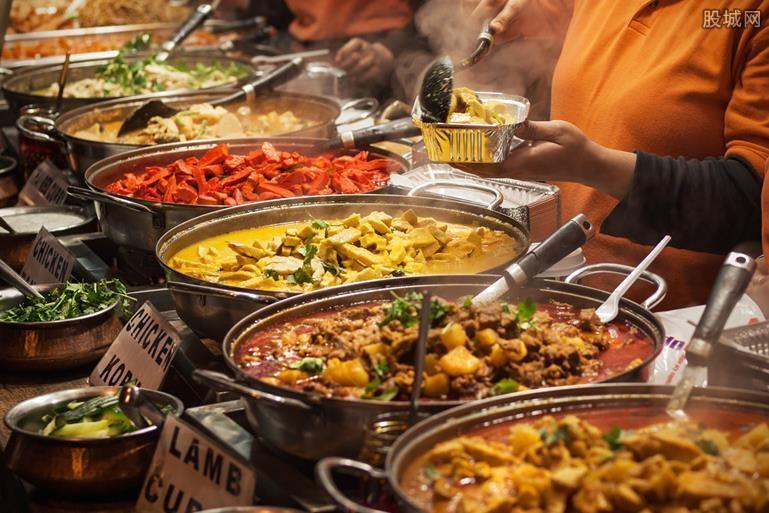 服务员提醒点餐避免浪费被骂 餐厅回应此事!