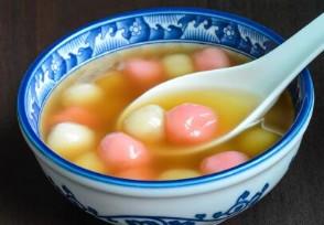 北京市民排队买元宵锦芳小吃一天卖出20吨