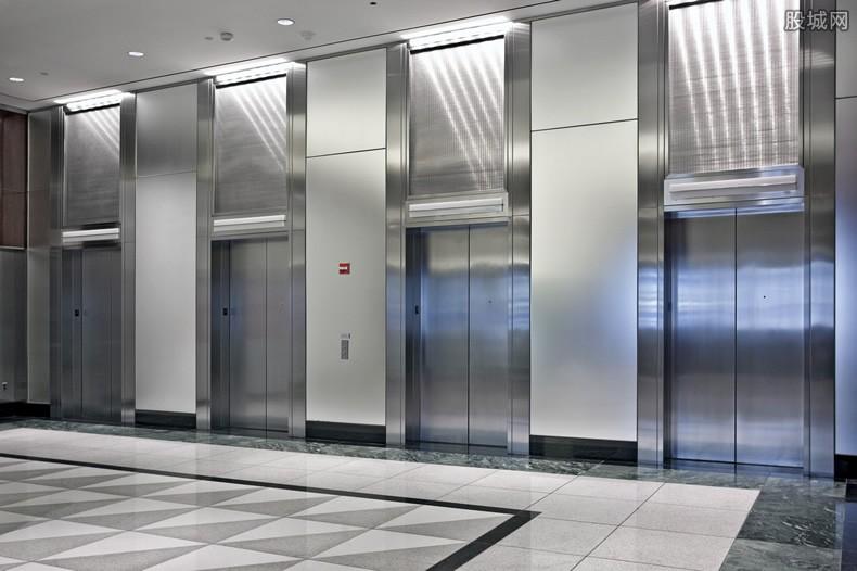 被困电梯赔付多少