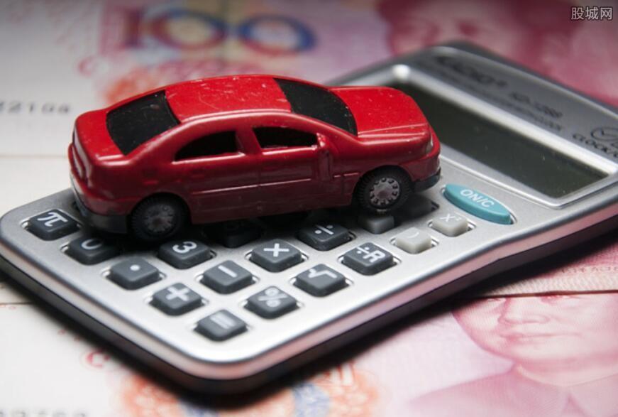 为什么每年车险报价
