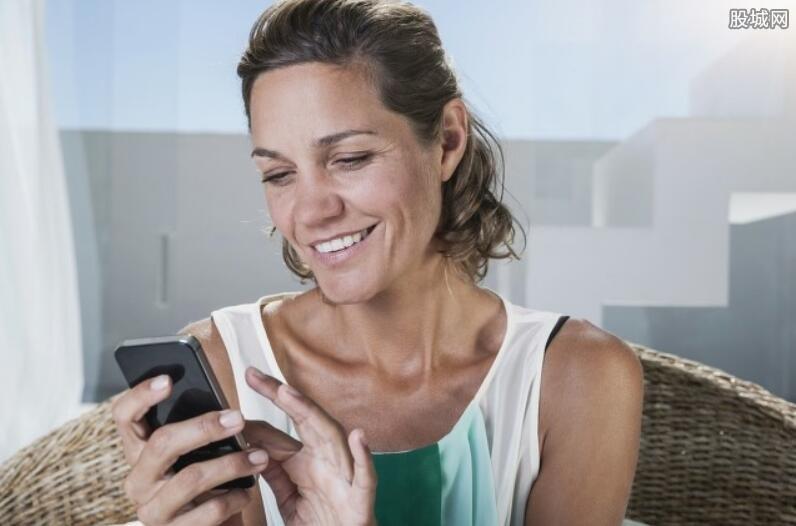 老人手机哪个牌子好 这几个国产品牌值得考虑