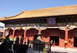 五一首日故宫游客爆满 有钱都买不到门票