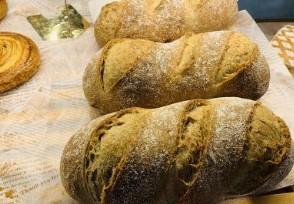 面包店报废不好看的面包被约谈这样做太浪费了
